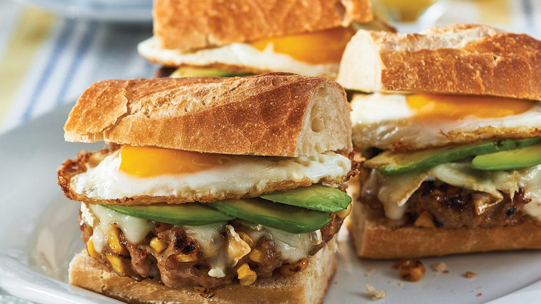Sausage_Corn_Brie_Breakfast_Sandwich_2530